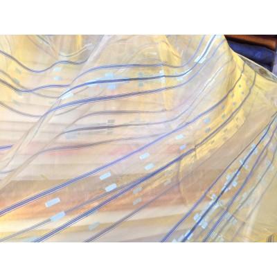 Плат за тънко перде тип органза със златист оттенък и сини райета