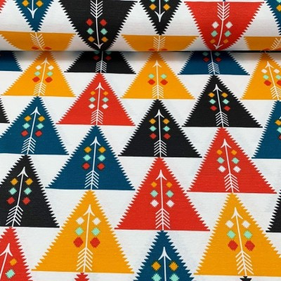 Curtain with triangles in orange, red and black