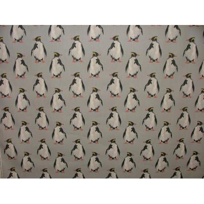 Плат за плътна детска завеса с пингвини на сив фон