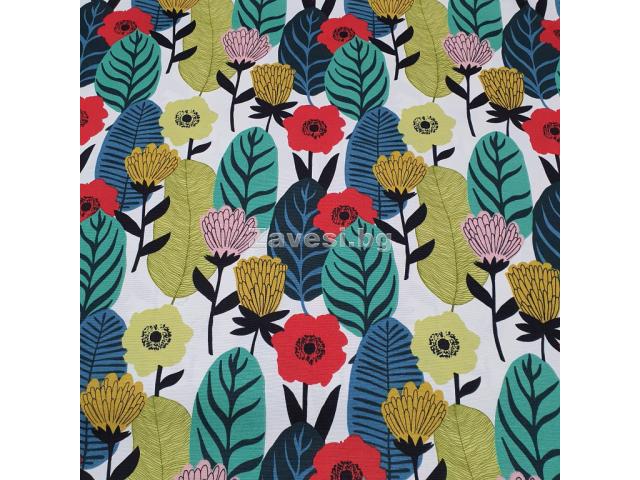 Плат за плътна завеса и дамаска с шарени абстрактни листа и цветя