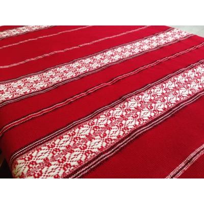 Битов плат за покривки и завеси в червено с бяла шевица