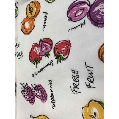Намалено парче плат за тънко перде с плодове 3м/2,80м