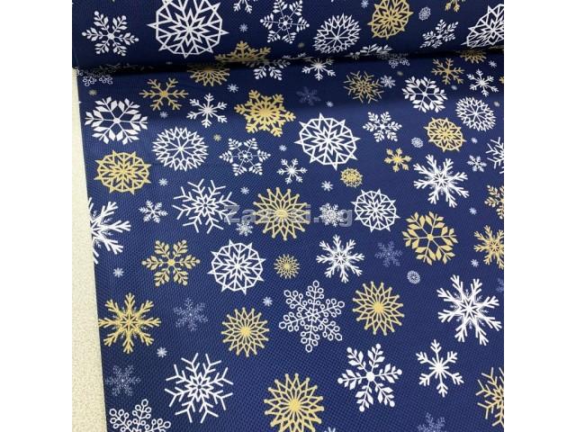 Коледен плат с дигитален печат в синьо със снежинки