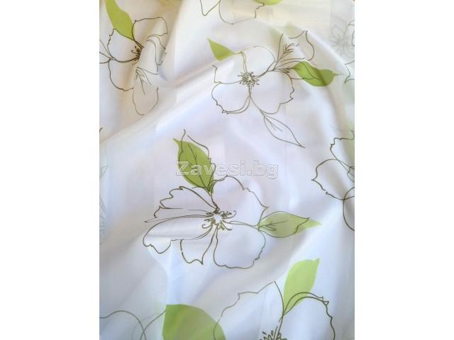 Плат за тънко перде Playla на зелени листа и цветя