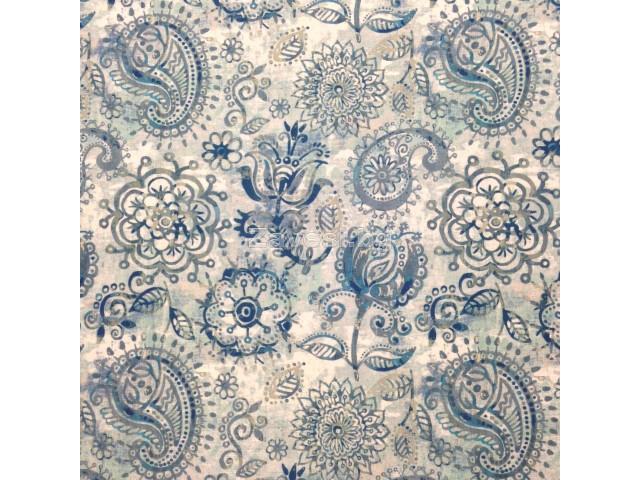 Плат за плътна завеса с флорални орнаменти в синьо