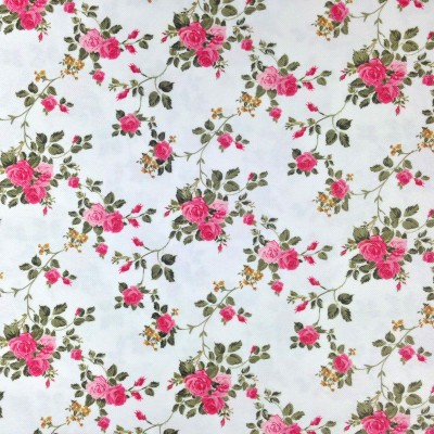 Curtain with pink roses