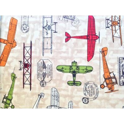 Плат за плътна детска завеса със самолети на бежов фон