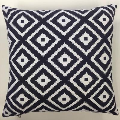 Калъфка за декоративна възглавничка в черно и бяло с размер 43/43