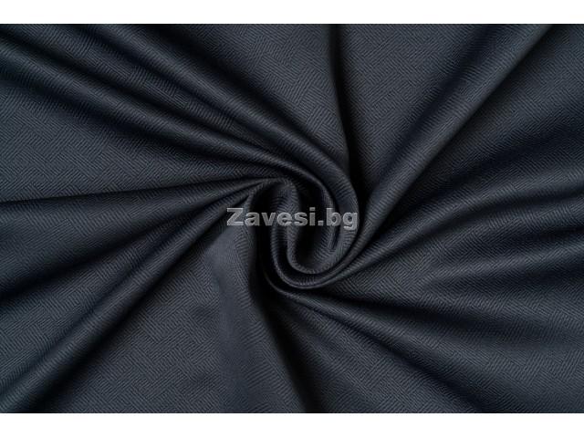 Едноцветен плат за плътна завеса в тъмно сиво с десен