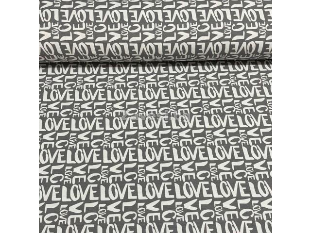 Плат за плътна завеса и дамаска с надписи Love на сив фон