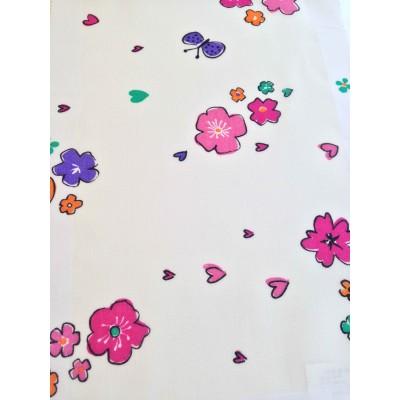 Плат за тънко детско перде с цветя и пеперуди на бял фон