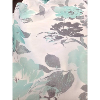 Curtain with roses in turquoise and grey