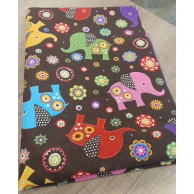 Piece fabric with elephants in brown 0,50cm