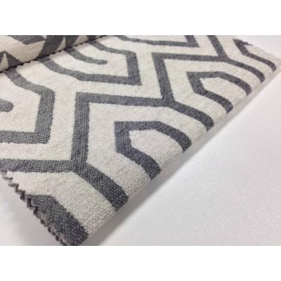 Дамаска Азур с геометрични форми в сиво