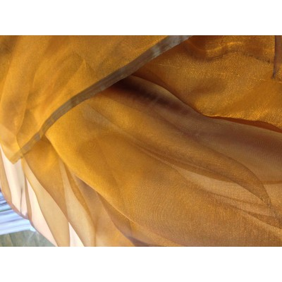 Fabric for thin curtain in gold