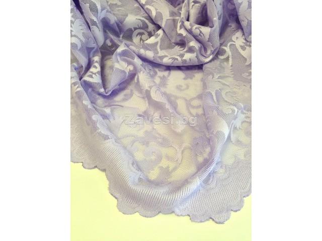 Плат за тънко перде тип дантела в лилаво