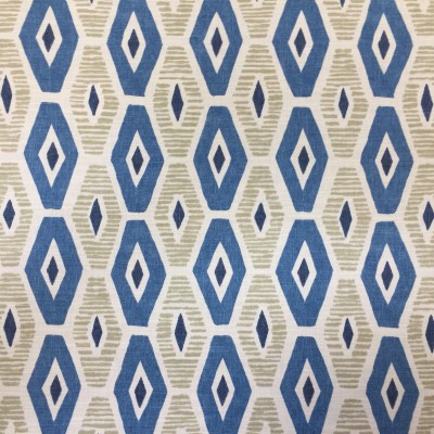 Curtain with geometric forms in blue