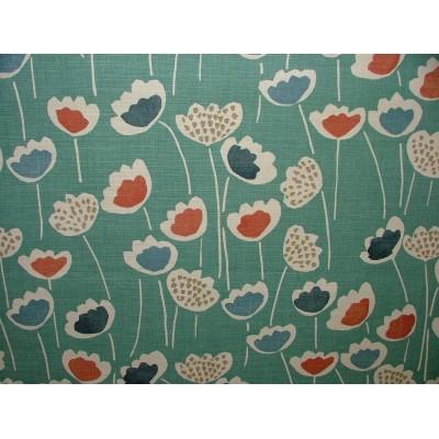 Плат за плътна завеса със стилизирани цветя на светло син фон
