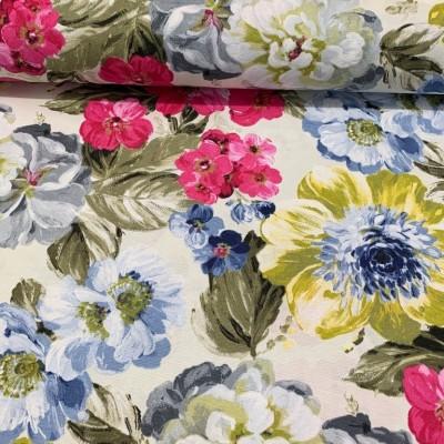 Плат за плътна завеса и дамаска с акварелни цветя е ярки цветове