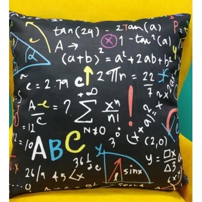Калъфка за декоративна възглавничка Математика с размер 43/43