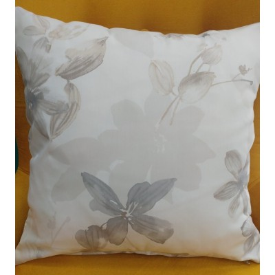 Decorative pillow case with flowers in beige and grey 43/43